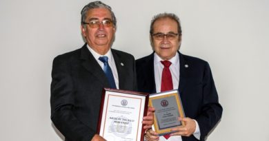 Otorgan grado académico de Profesor Emérito a fundador de la Facultad de Medicina UCN